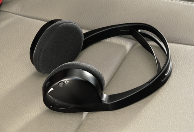 Toyota Sienna wireless headphones PT943-00140