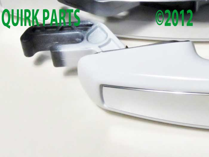 2012-2014 Chevrolet Sonic Front Right Left Set Exterior White Door Handles OEM - GM (95964717)