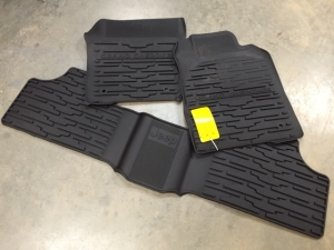 Jeep WK2 2013-2015 Grand Cherokee RHD EXPORT Rubber Floor Mat Set (Australia, UK, etc.)