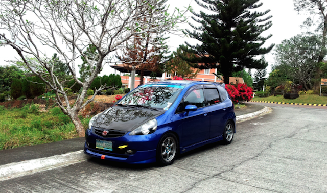 Honda Fit aftermkt hood
