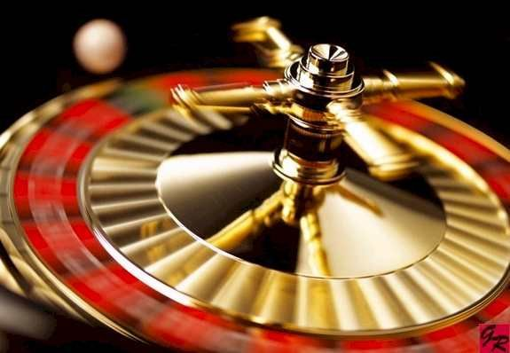 Gambling roulette wheel