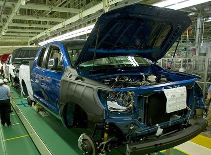 Toyota Considers Truck Production Changes - Tundra HD?