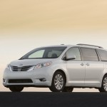 Toyota Sienna Awarded One of Best Family Cars for 2014 – Kelley Blue Book