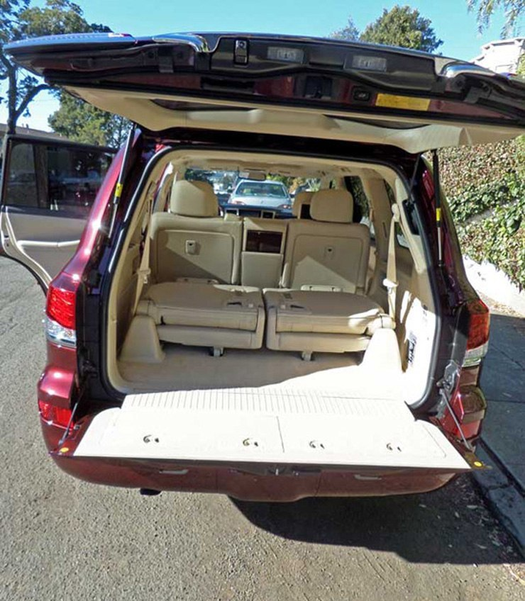2014 Lexus LX 570 Review - Rear Cargo