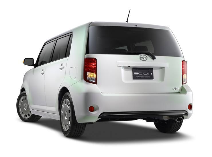 Scion Debuts xB Release Series 10.0 at New York International Auto Show - Rear