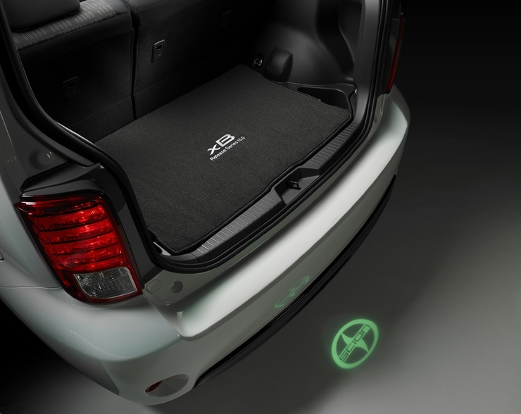 Scion Debuts xB Release Series 10.0 at New York International Auto Show - Rear Projection
