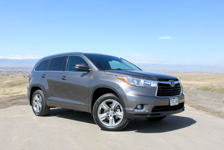 2014 Toyota Highlander Limited Review - Front Profile