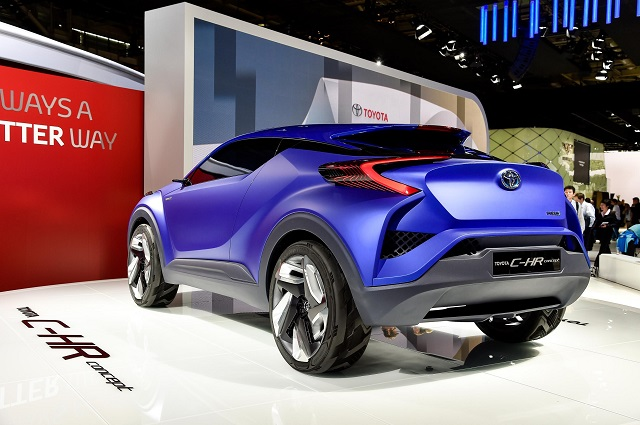 Toyota-C-HR back