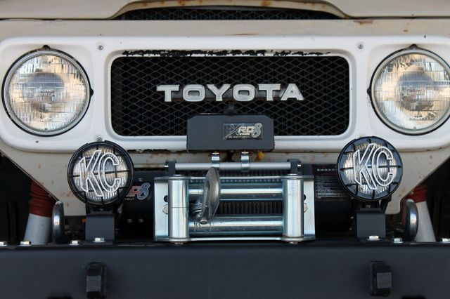 1980 Land Cruiser Grill