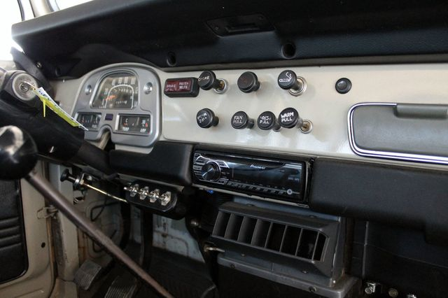 1980 Land Cruiser Interior Dash