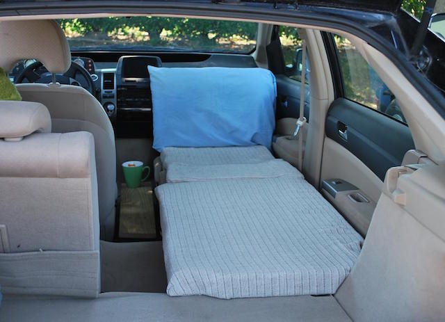 Prius bed