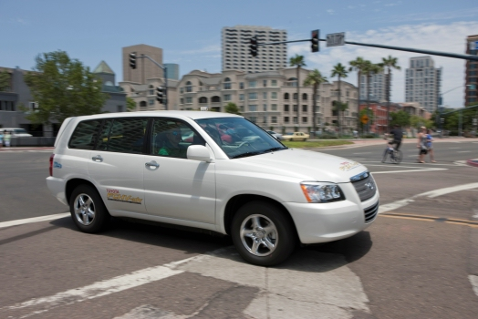 Toyota fuel cell Highlander
