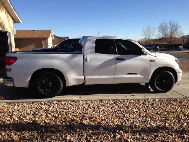 Lowered Tundra Stark