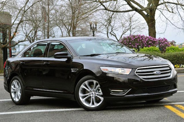 Ford Taurus 2-14 blk sedan