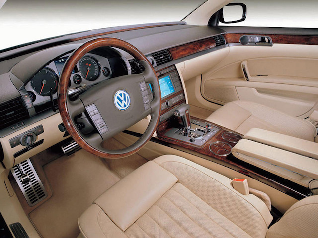 Tan Phaeton interior