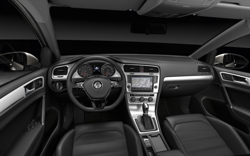 Inside the 2015 Golf TDI
