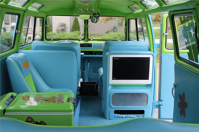 VW Interior 2. Rut Roh Raggy, Whatu0027s Going On With This Bus? Of Course You  Recognize This One U2014 Itu0027s The Iconic Mystery Machine! If You Step Inside  This Bus ...