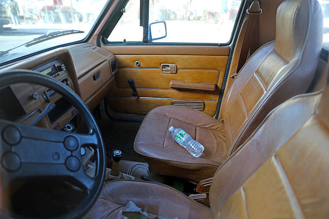 VW Pickup interior