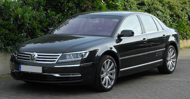 Black VW Phaeton