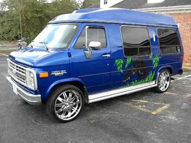 Wild chevy van paint 7
