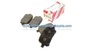 Front Brake Pad  NEW PREMIUM Toyota TCMC PAD KIT--- OPT for part# 04465-33121---