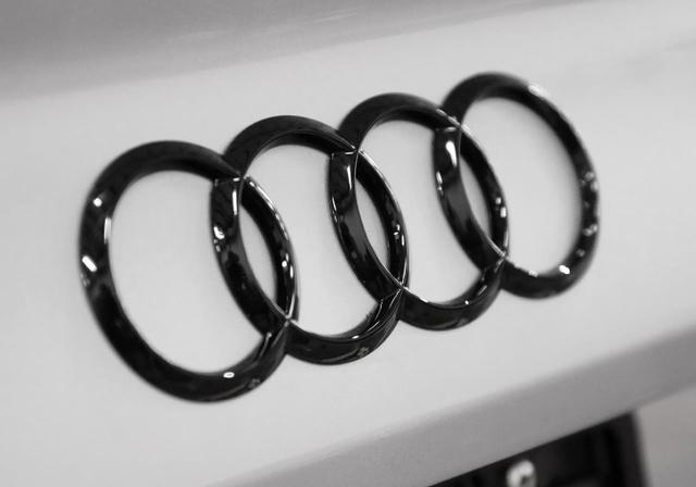 Audi Sign