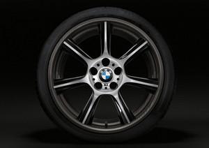 BMW M GTS Carbon Fiber Wheels