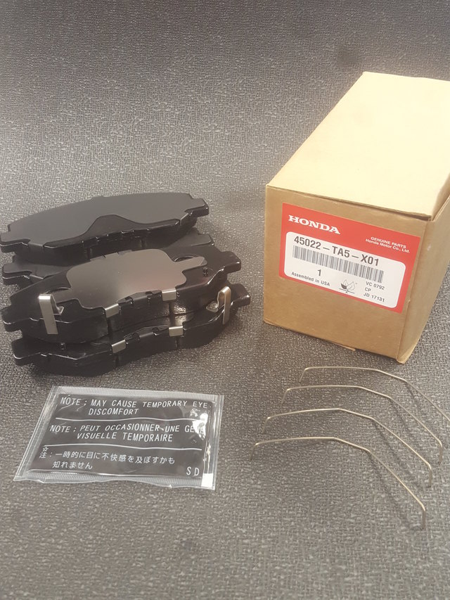 Genuine Honda Front Brake Pad set