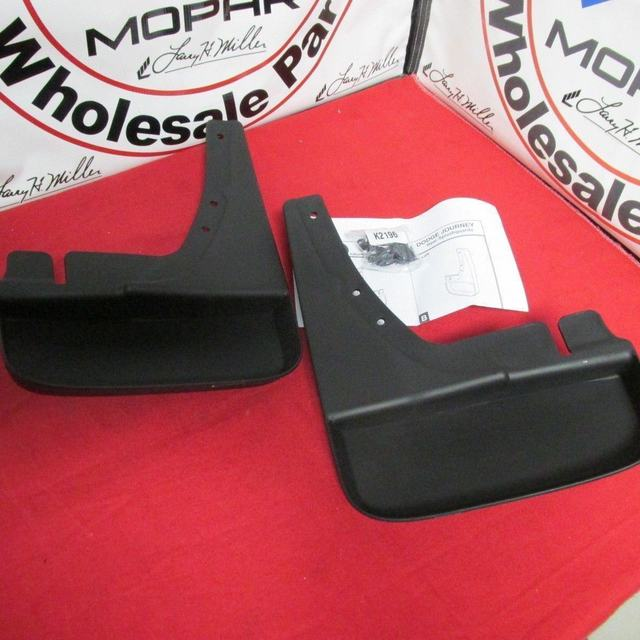 Deluxe Molded Splash Guards - Black - Rear