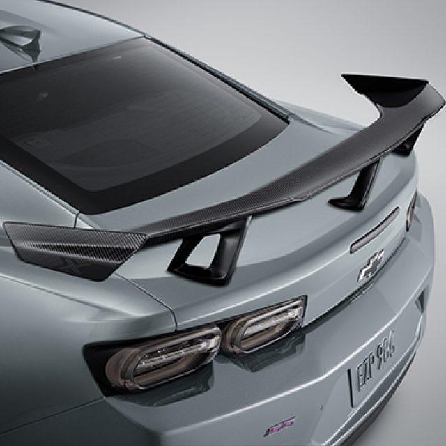 ZL1 1LE Spec Spoiler in Visible Carbon Fiber