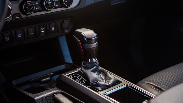 TRD PRO SHIFT KNOB, AT - TACOMA '17