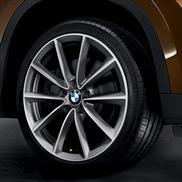 V-Spoke 324 Alloy Wheel And Tire Set