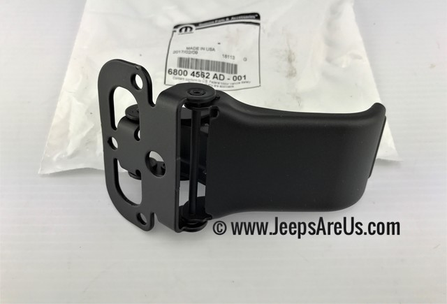 HARD TOP LATCH JEEP WRANGLER JK HARDTOP CLAMP - SEE MOPAR