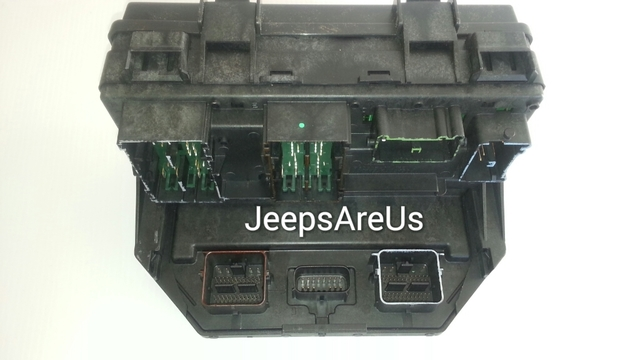 jeep wrangler fuse box complete tipm in stock at jeeps. Black Bedroom Furniture Sets. Home Design Ideas