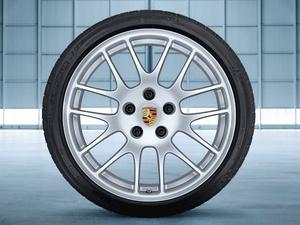 "20"" Porsche RS Spyder Wheels set with Tires"