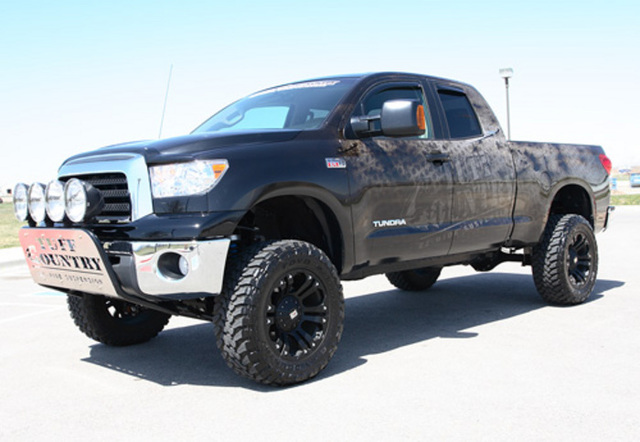 """Tuff Country 6"""" Tundra 4WD Lift W/Knuckles W/Out Skid Plate"""