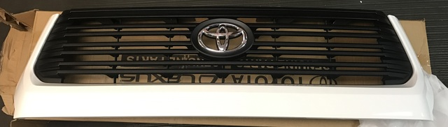 2014+ Tundra Platinum Grille Take-offs